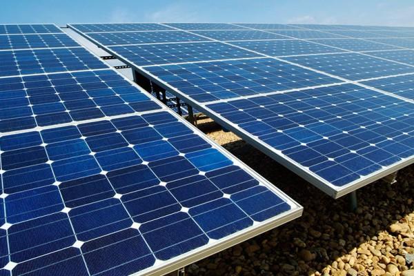 Bancalé dispone actualmente un parque de energía solar fotovoltaica y participación en distintos parqués eólicos.
