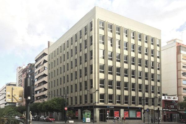 2-Edificio-Avenida-del-Puerto